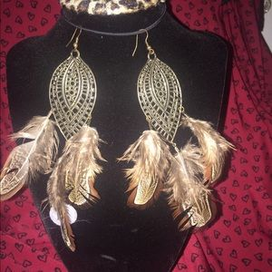 Boho style drop earrings with real feathers